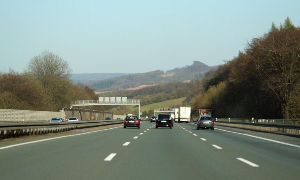 Beeld van een autosnelweg